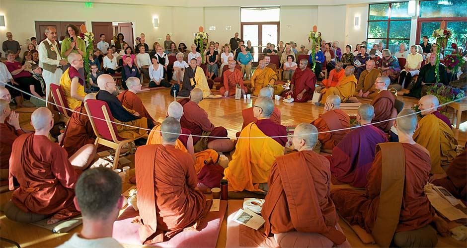 2011-Bhikkhuni-Ordination