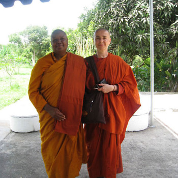 With Ven Bhikkhuni Dr Pannavati from US.