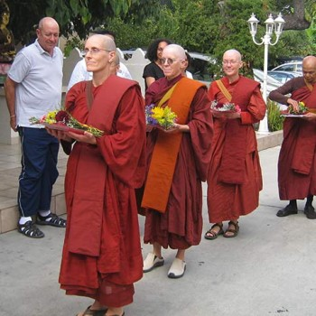 Bhikkhuni Ordination for Ayya Dhammadhira, Ayya Dipa, Ayya Santussika and Ayya Chanda, LA.