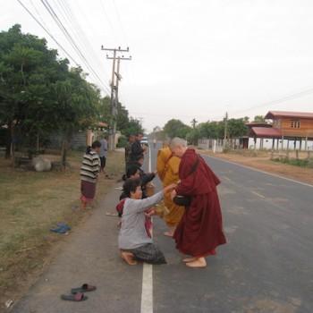 Ayya Dhammamitta & Ayya Santacitta, Wat Bhikkhuni Patimokkha, Yasothorn Province, Thailand, Feb 2013