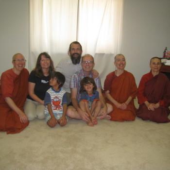 Ayya Jayati's Family visits Aloka Vihara